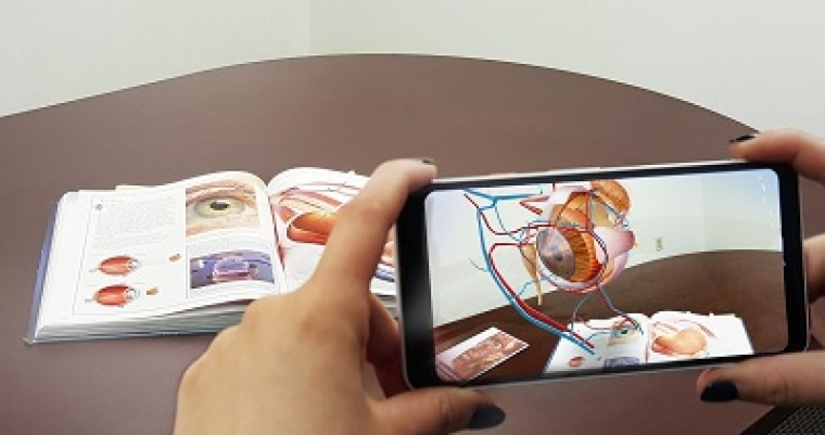 What Lessons Can Businesses Take From AR in Education?